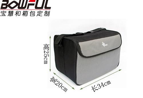 怡和嘉业最大的呼吸机厂商定制医疗背包---深圳宝慧和箱包定制厂家